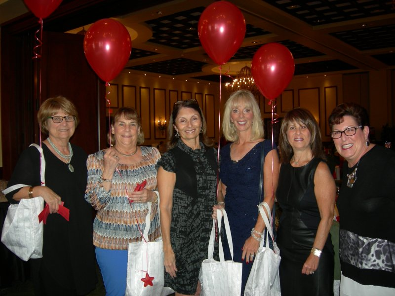 Balloon Girls, L to R, Susan Rose, Joy Segal, Cathy Reinitz ,Tresa Zumteg , Claudia Dombrow & Cindy Silverglat sold raffle tickets.