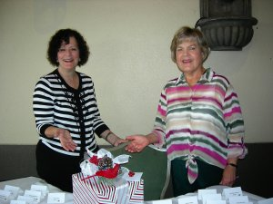 L-R Registration Chair, Helene Levin and LWRWC Member, Judy Johnson